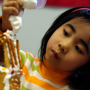 Graham Cracker Houses Workshop - Schools & Groups - Explore & More Children's Museum - Buffalo, NY