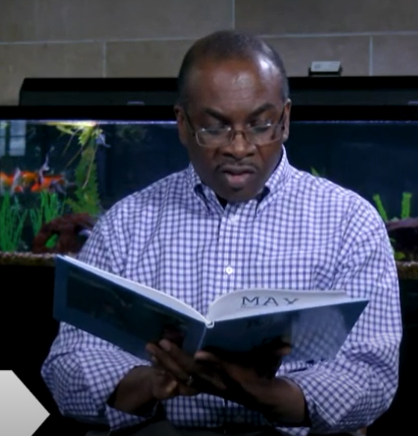 Storytime: Mayor Byron Brown reads Max Meets the Mayor